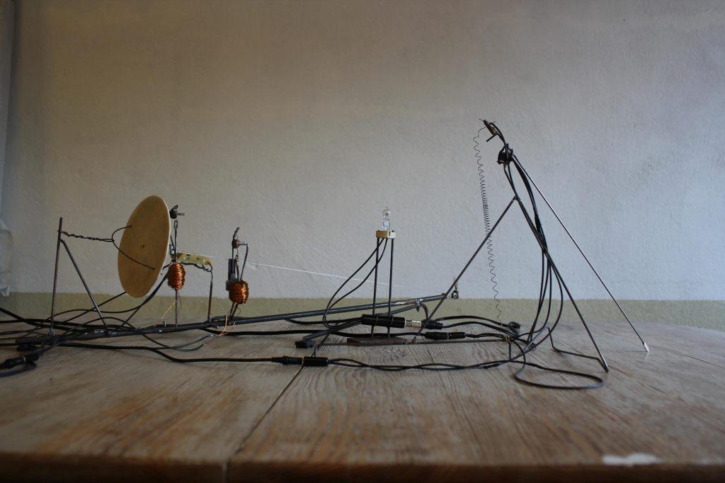 Stick, String and Light av Christian Blom.